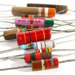 Capacitatea-inductanţa-şi-rezistenţa-electrică-abstract-articol